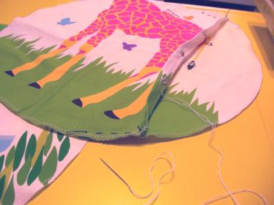 キリンのクッションカバー製作